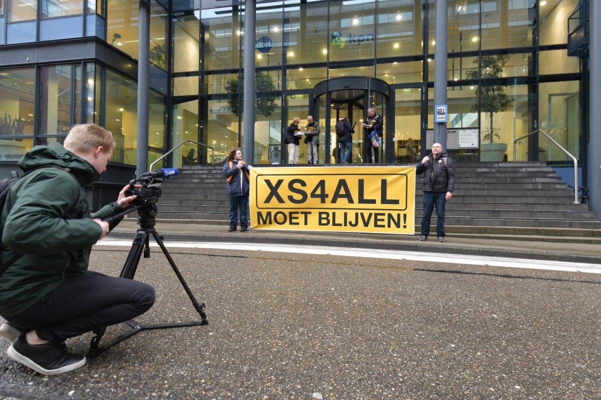 Actiecomité steekt hart onder riem bij XS4ALL-medewerkers